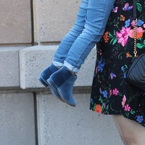 Old Navy Toddler Girl Blue Velvet Ankle Booties